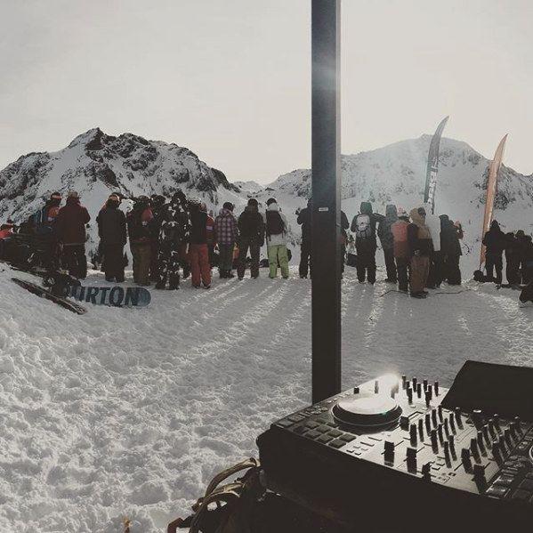Mountain Outdoor Live Dj Tekfrenz